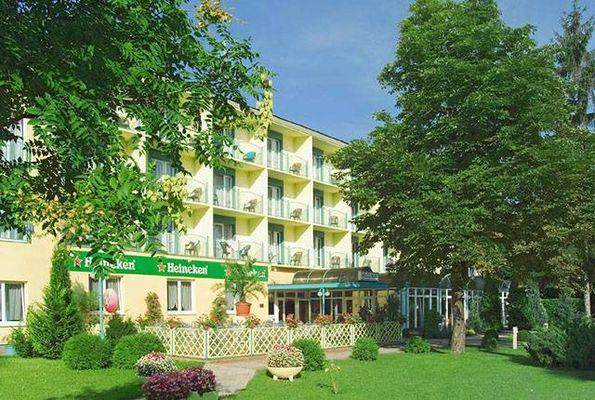 Hotel Jonathán, Balatonföldvár