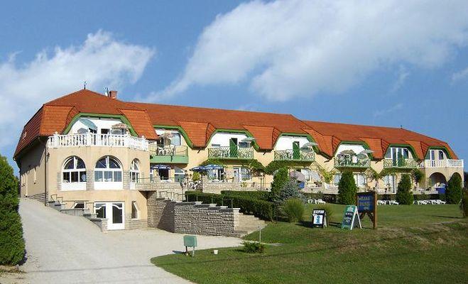 Karát Hotel, Balatongyörök