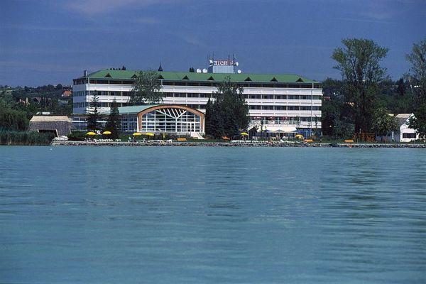 Hotel Marina Port, Balatonkenese