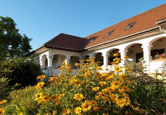 Garden of Somogy Holiday Village, Bonnya