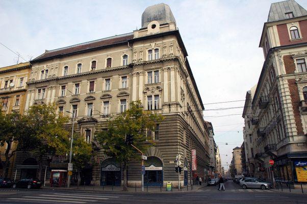 City Hotel Ring, Budapest