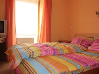Click here for more images about Fortuna Hostel.