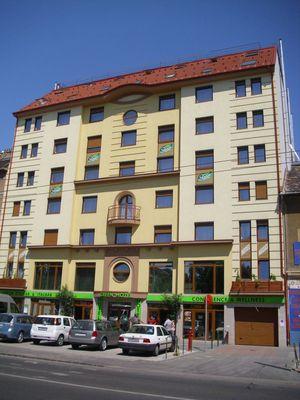 Green Hotel, Budapest