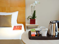 Click here for more images about Mercure Budapest Korona.