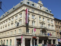 Click here for more images about Mercure Budapest Metropol.