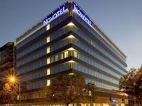 Click here for more images about Novotel Budapest Danube.