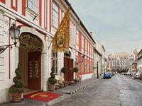 Clicci qui per guardare piú foto su St. George Residence Hotel