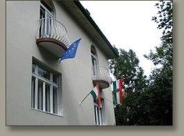 Villa Julia, Budapest