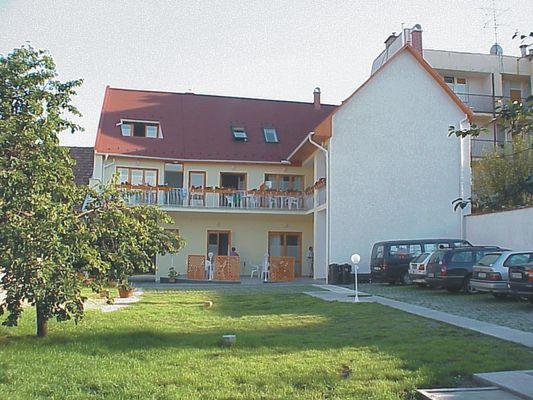 Átrium Apartmanház, Eger