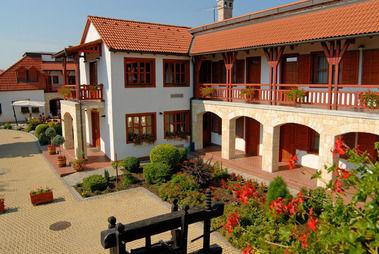 Magita Hotel, Erdőbénye