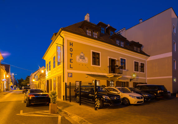 Hotel Fonte, Győr