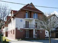 Click here for more images about Centrum Apartment House.