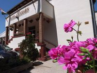 Click here for more images about Hotel Aquamarin.