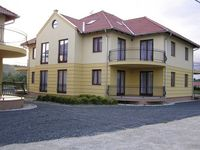 Click here for more images about Gabriella Apartment House.