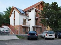 Click here for more images about Centrum Apartment Hotel.