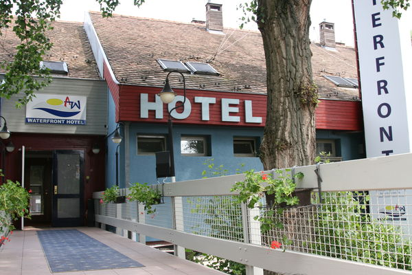Waterfront Hotel, Szentendre