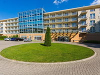 Click here for more images about Gotthard Therme Hotel & Conference.