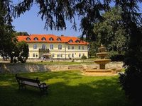 Click here for more images about Gróf Degenfeld Castle Hotel.