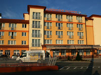 Click here for more images about Airport Hotel Budapest.